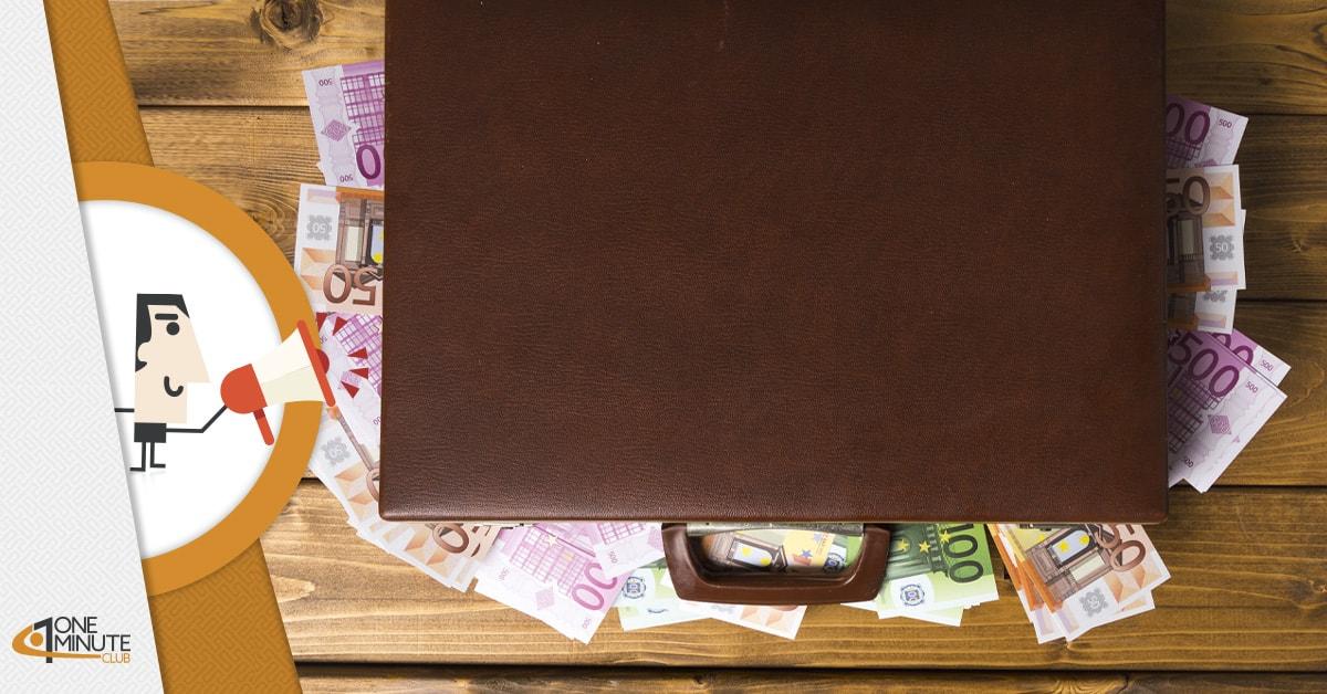 """Riceve 200.000€ per errore: giovane colf scappa in Bulgaria con lo """"stipendio"""""""