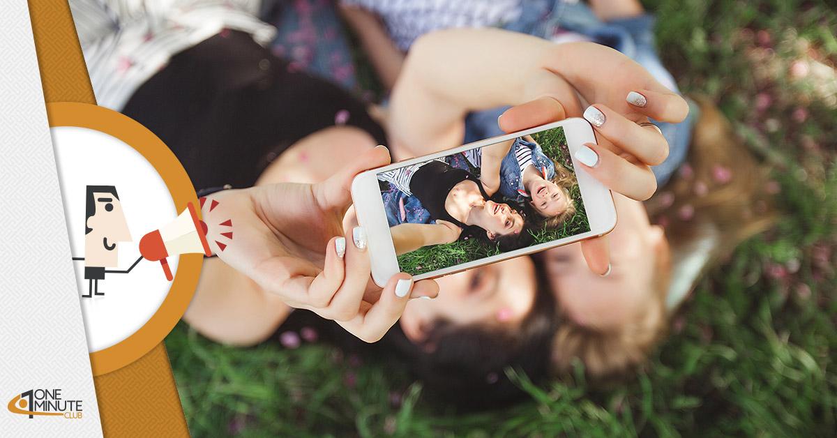 93 milioni di selfie al giorno: fotografia di un'ossessione?